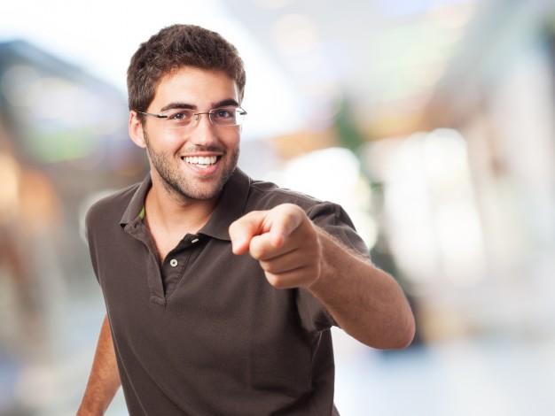 Find de allervigtigste studenterhueregler på nettet